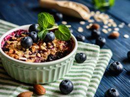 Płatki owsiane zapiekane z owocami - przepis