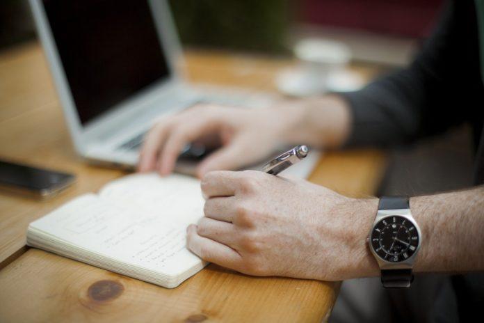 Zegarek czy smartwatch